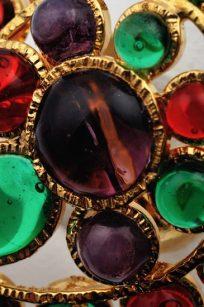 bague multicolore détail