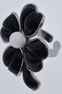 bague trèfle noir